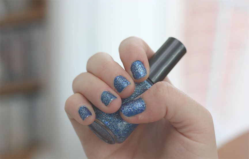 Worth a try....make your own glitter nail polish! | Forget me not ...
