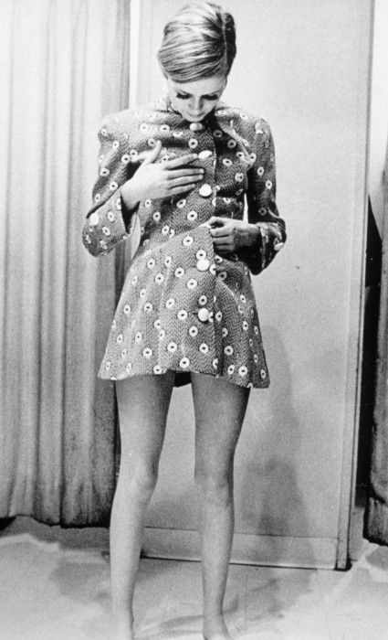 1960s daytime dress: all kinds of clothes from day to evening dresses were mostly unfitted, short silhouettes.