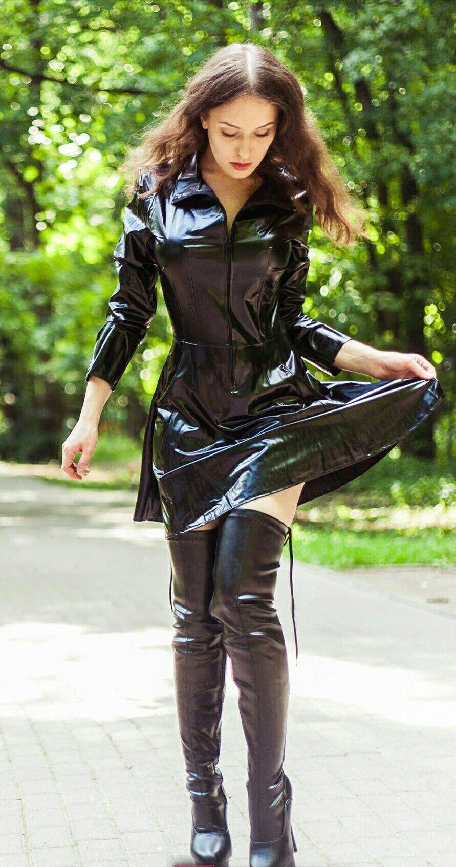 Latex Kleidung Damen