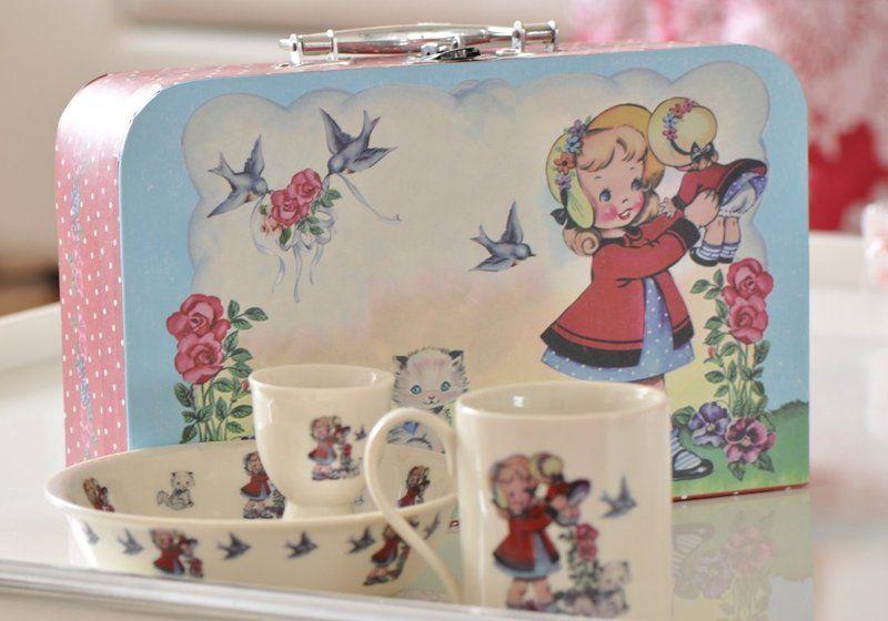 Sets - Koffer mit Geschirr Set Vintage Porzellan - ein Designerstück von CASARIN bei DaWanda