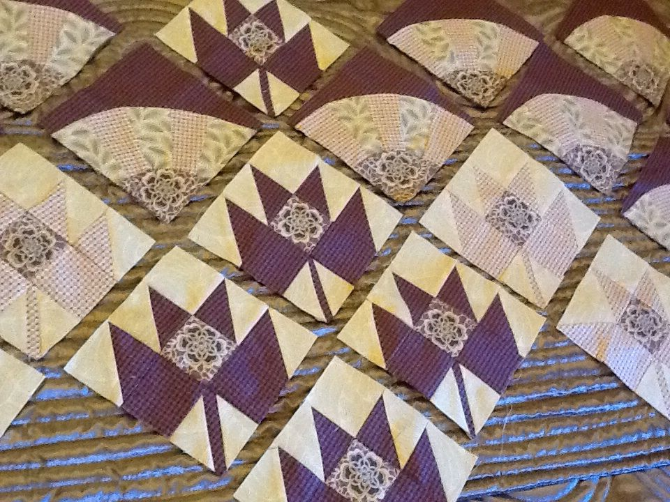 Improvers patchwork class, grandmothers fan and maple leaf.