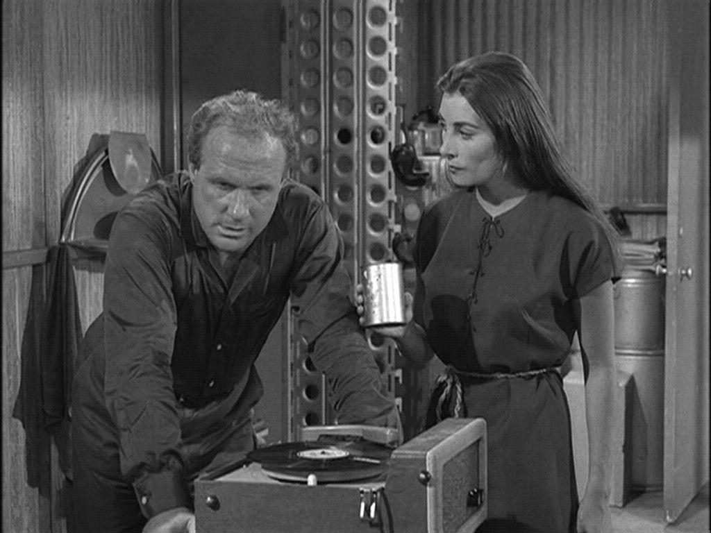 an analysis of twilight zone The twilight zone premiered friday, october 2, 1959, at 10 pm almost immediately,  it is the one which comes closest to defying any overall analysis.