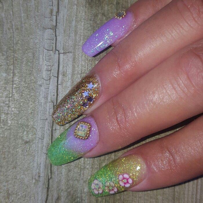 #nails #acrylicnails #montanezari #glitternails