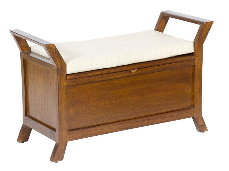 Banco de madera color nogal con cojín blanco. Un coqueto mueble con ...