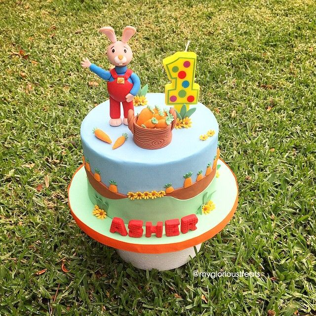 mulpix Meet Harry The Bunny first birthday cake harrythebunny