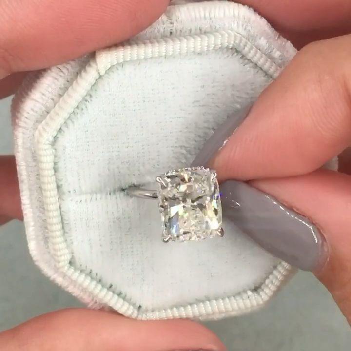 2.50 Carat Cushion Diamond Ring,3 Stone Cushion Di