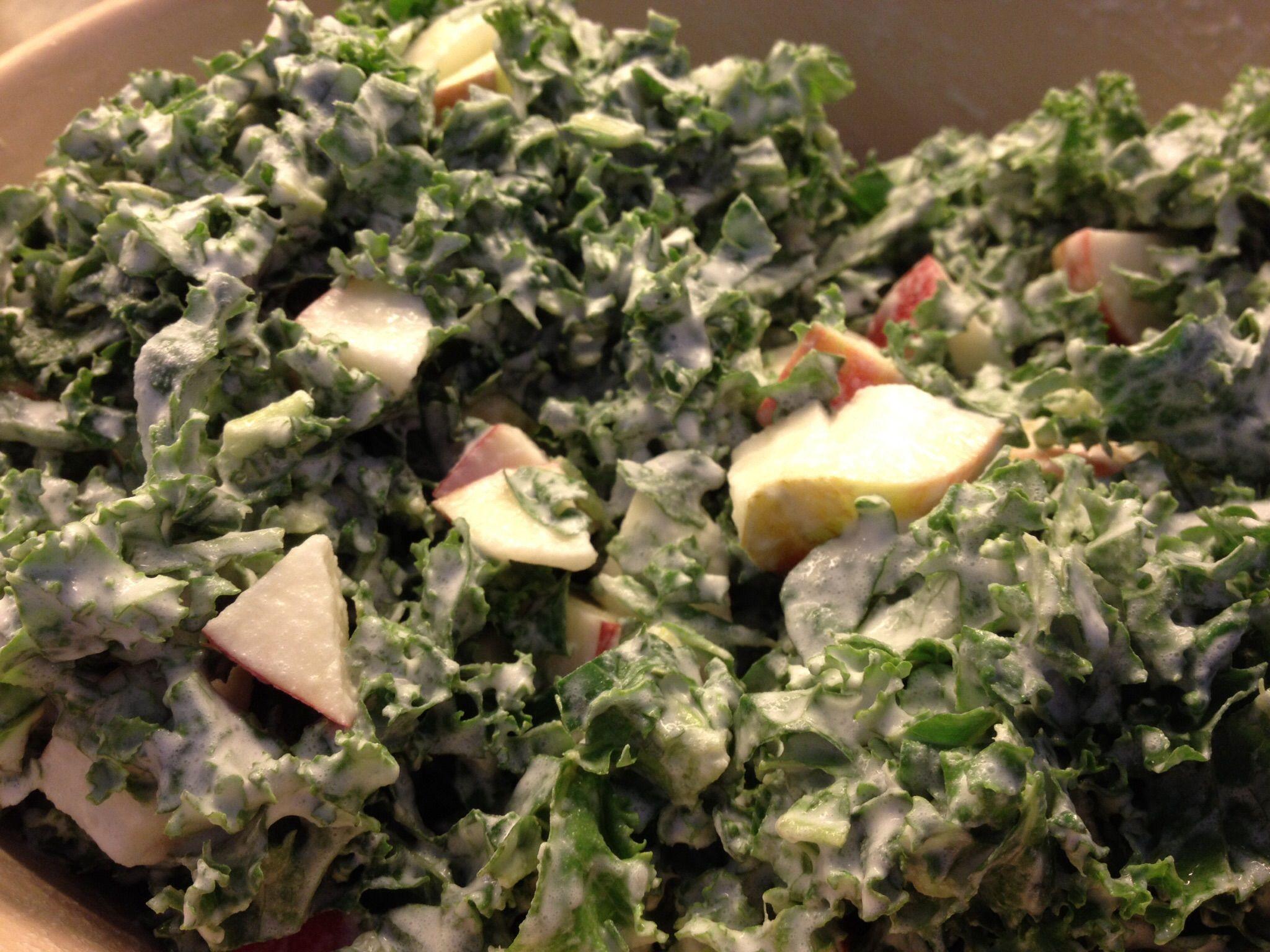 Grønkålssalat med mormordressing | Salater | Salat, Æble og Kål opskrifter