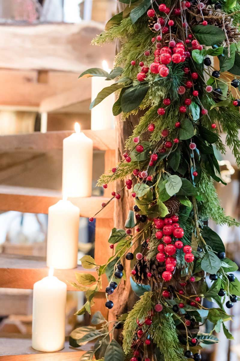 Christmas decorations theme: Enchanted Forest | CHRISTMAS STAIRCASE ...