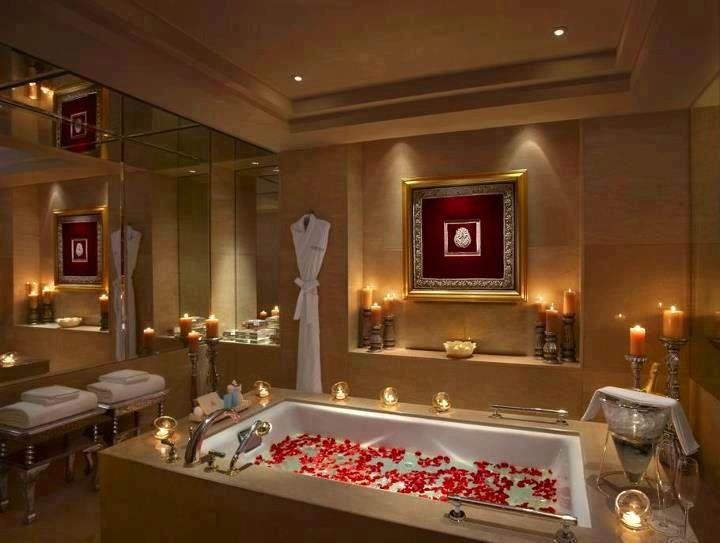 Luxury Bathroom Red Petals In My Bath Every Day Please