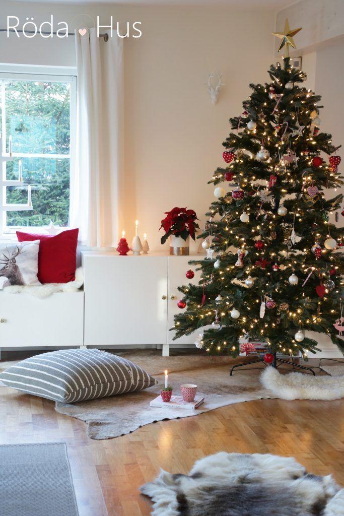 #Dekoration-#christmastree #weihnachten #weihnachtsbaum #weihnachtsdeko    - Röda Hus-#Dekoration