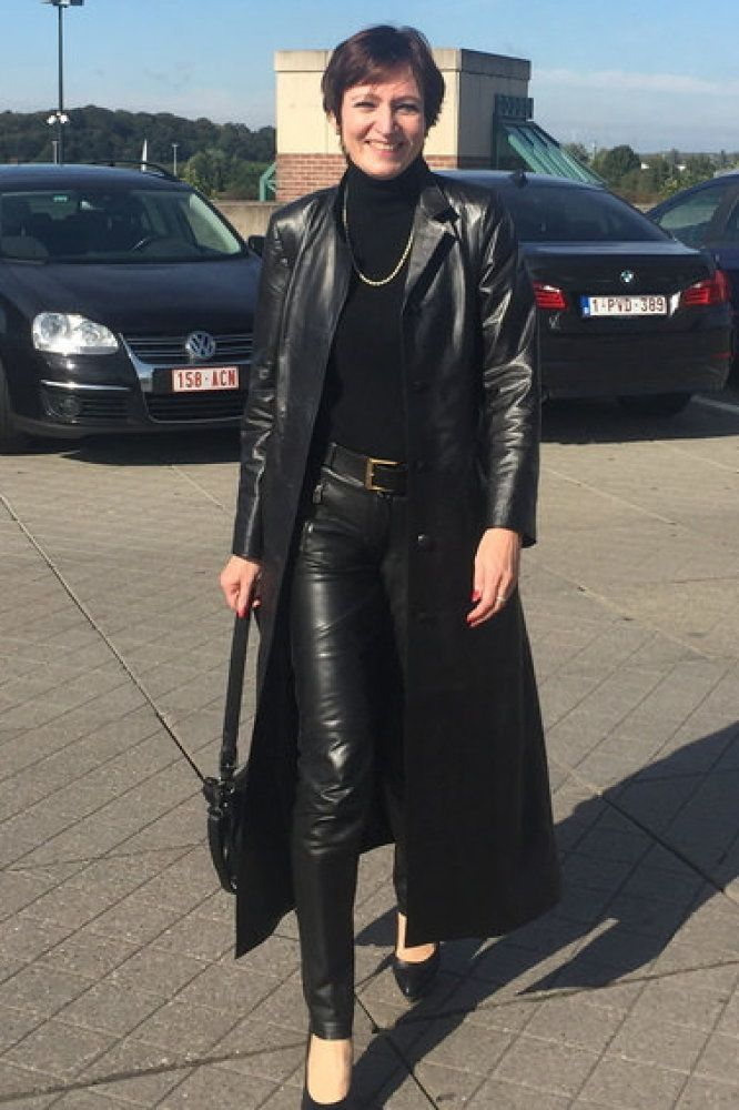 Wie in leather mature woman