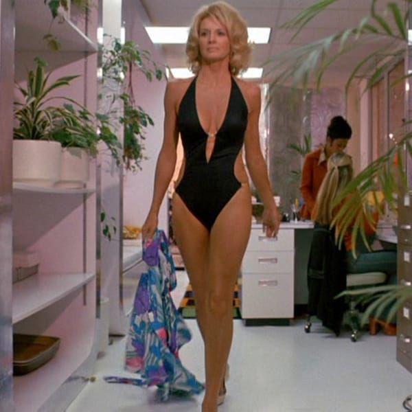 Gossip Rocks Forum | Angie dickinson, Celebrity swimsuits