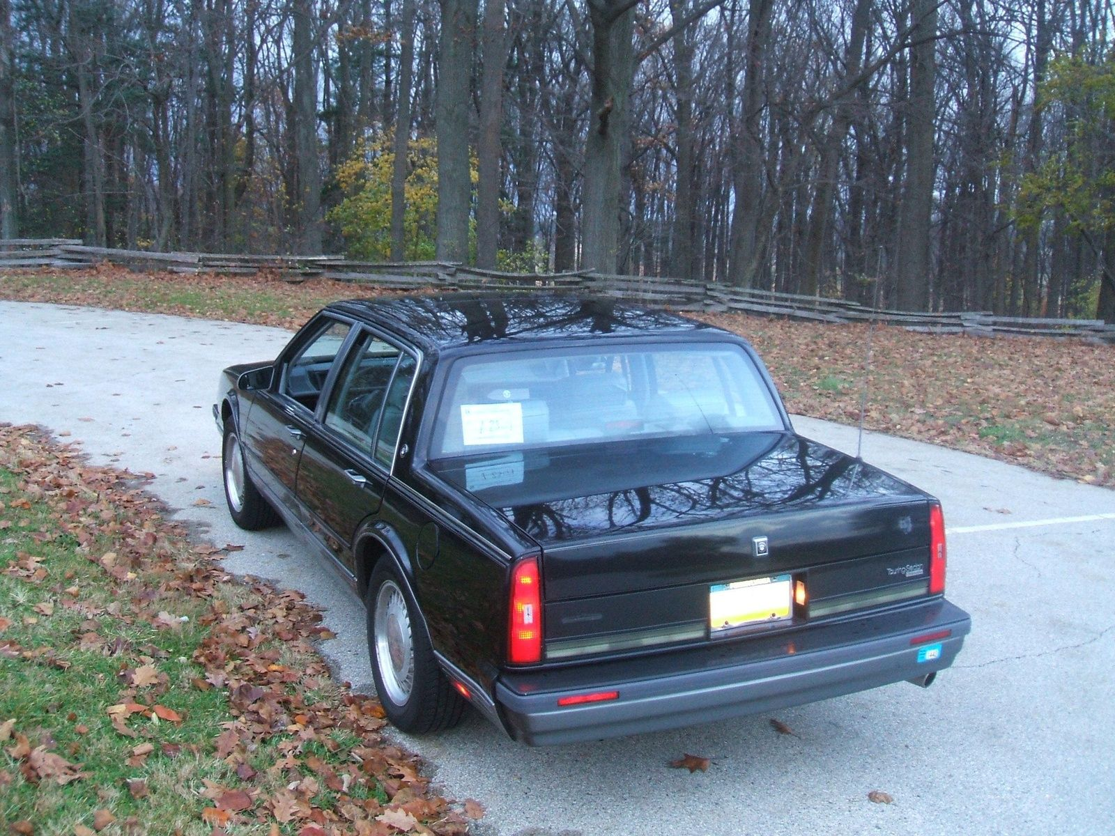 1990 Oldsmobile Ninety Eight Pictures Cargurus Oldsmobile Cars Trucks Black Car