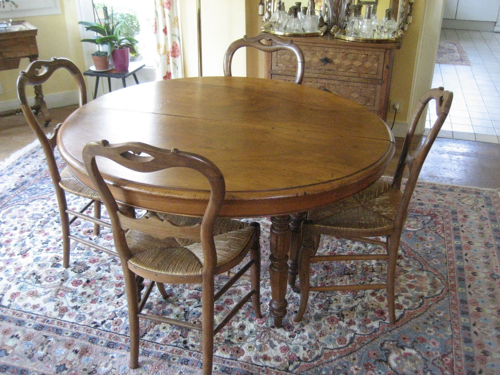 Salle A Manger Noyer Table Louis Philippe 4 Chaises For Sale Eur
