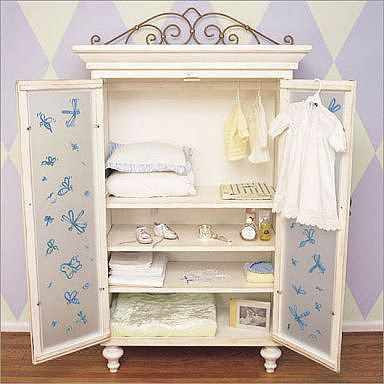 Baby Armoire Set Up
