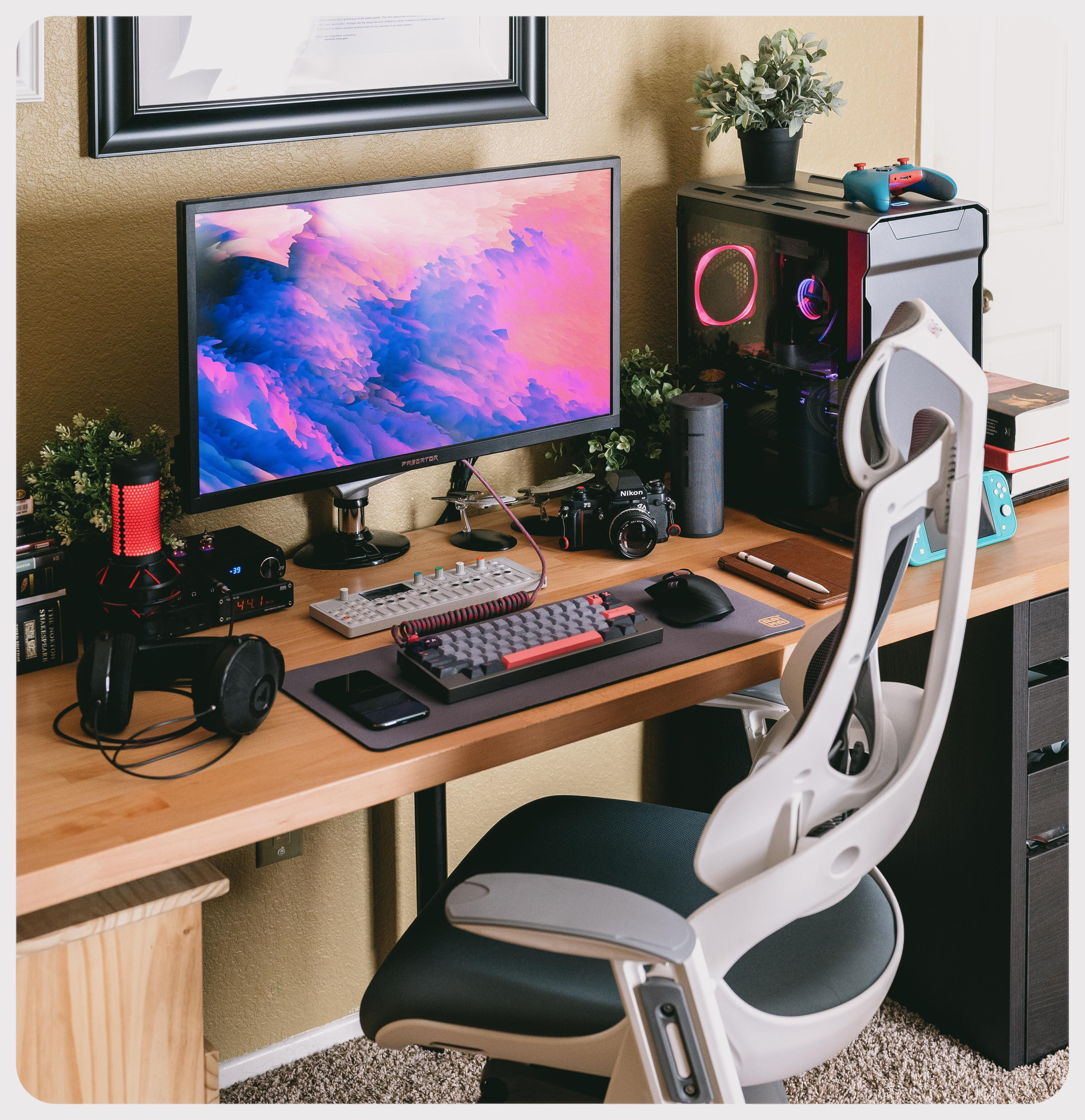 Does Ikea Karlby And Gerton Sag Without Middle Leg With Dual Monitor Mount Pc Computers Gaming In 2020 Desk Ikea Desk Desk With Keyboard Tray