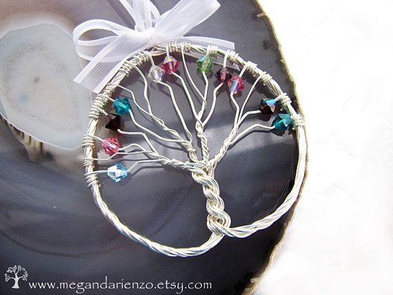Christmas Ornament  Personalized Family Tree Suncatcher