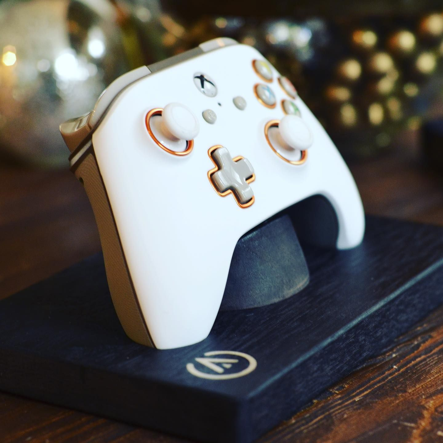 Anybody Get A New Controller For Christmas If So What Did You Get Instagram Partners Xbox Controllers Gamer Diana In 2020 Xbox Controller Gaming Console Xbox