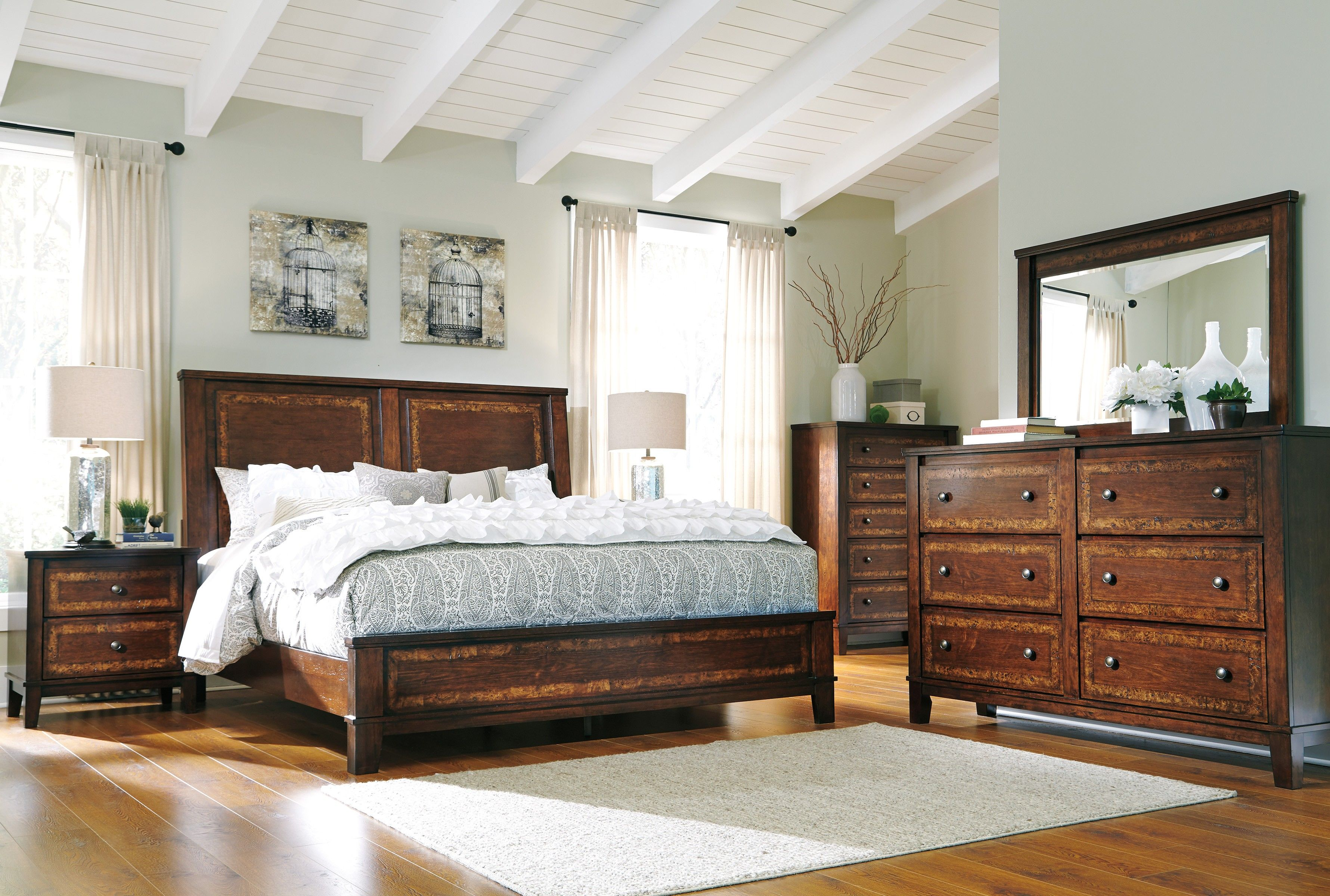 Best Buy Dawlyn Bedroom Set By Signature Design From Www 400 x 300