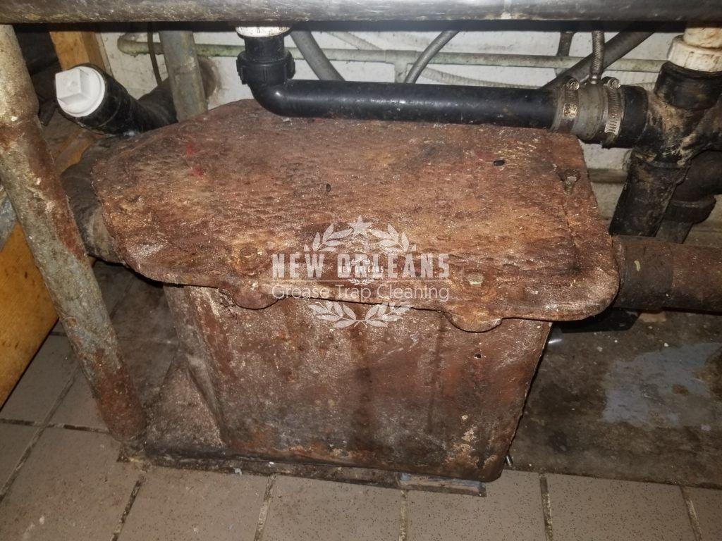 Leaking Under Sink Kitchen Grease Trap Grease Interceptor New