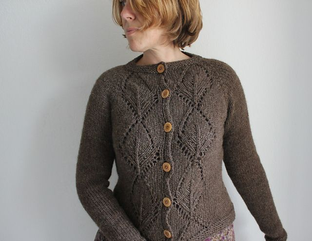 Ravelry: Project Gallery for Anastasia pattern by Cecily Glowik MacDonald