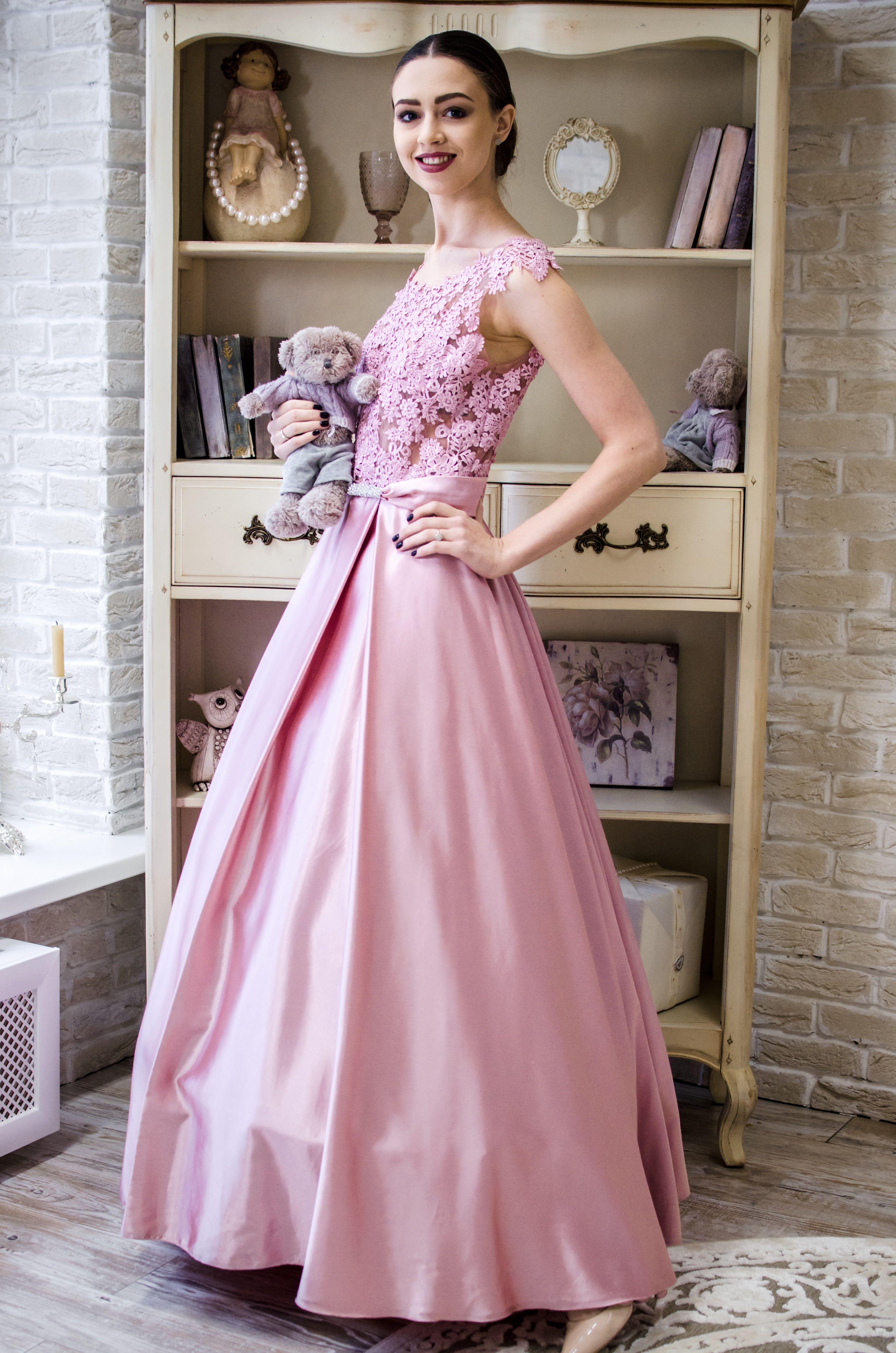00275062467 Необыкновенно нежное платье