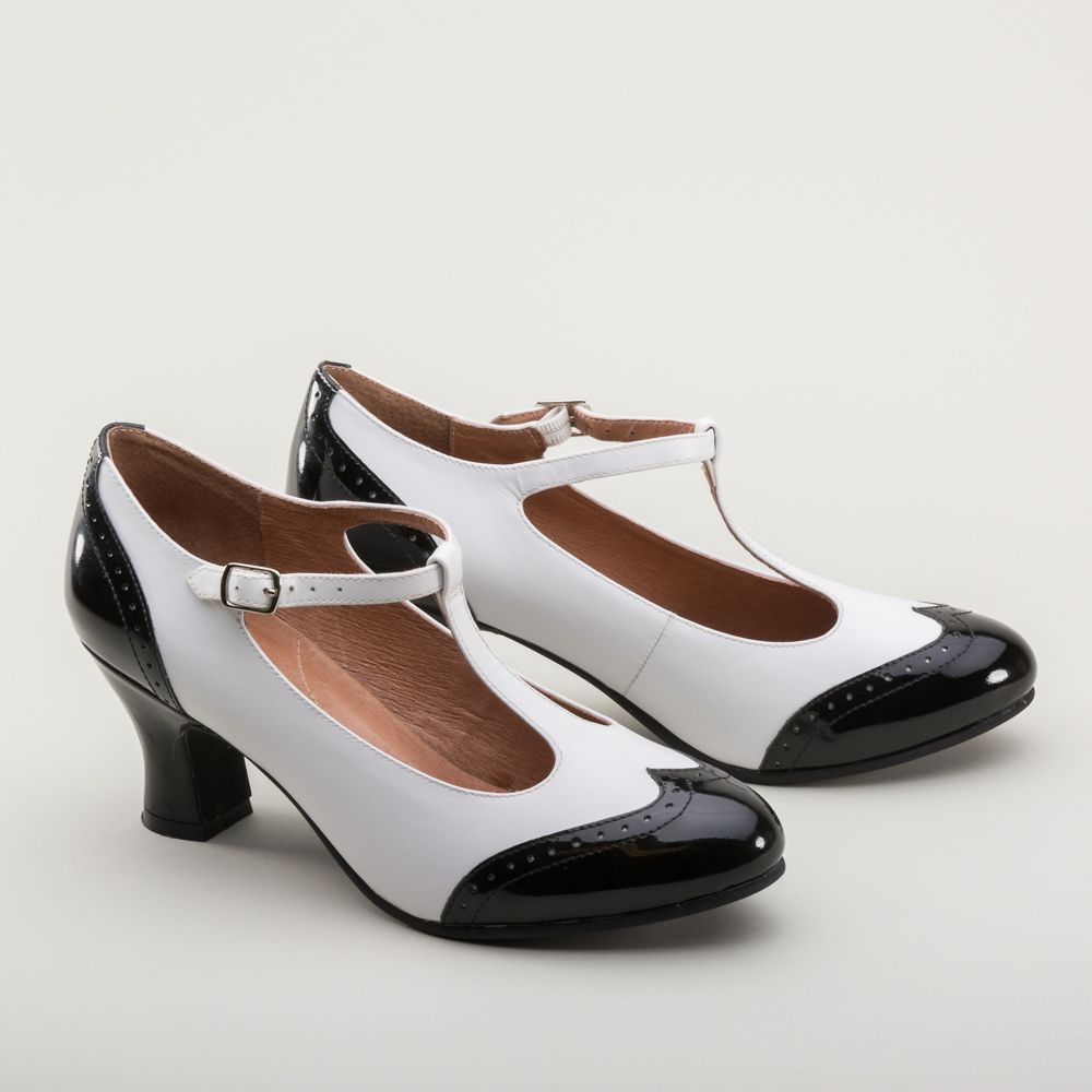 What Is More Classic Than A Great Pair Of 1920s Black And White T Strap Shoes Our New Gatsby T Straps Ha Vintage Shoes Women Vintage Shoes Vintage Style Shoes