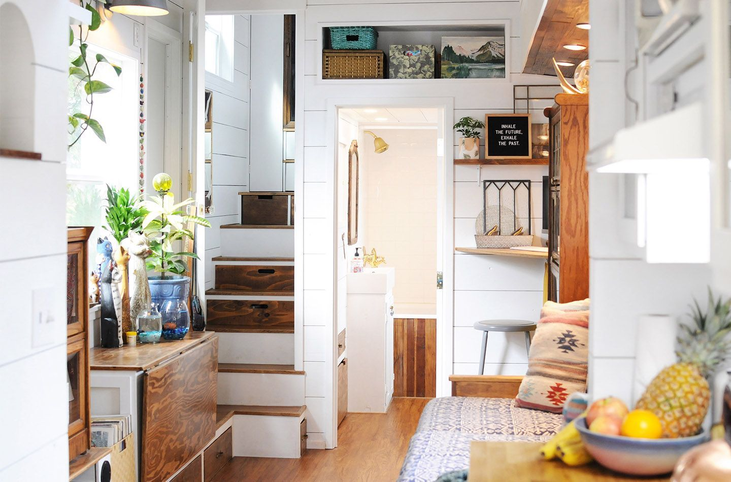 Her tiny home self built two bedroom house in california tinyhomesaustralia also rh pinterest