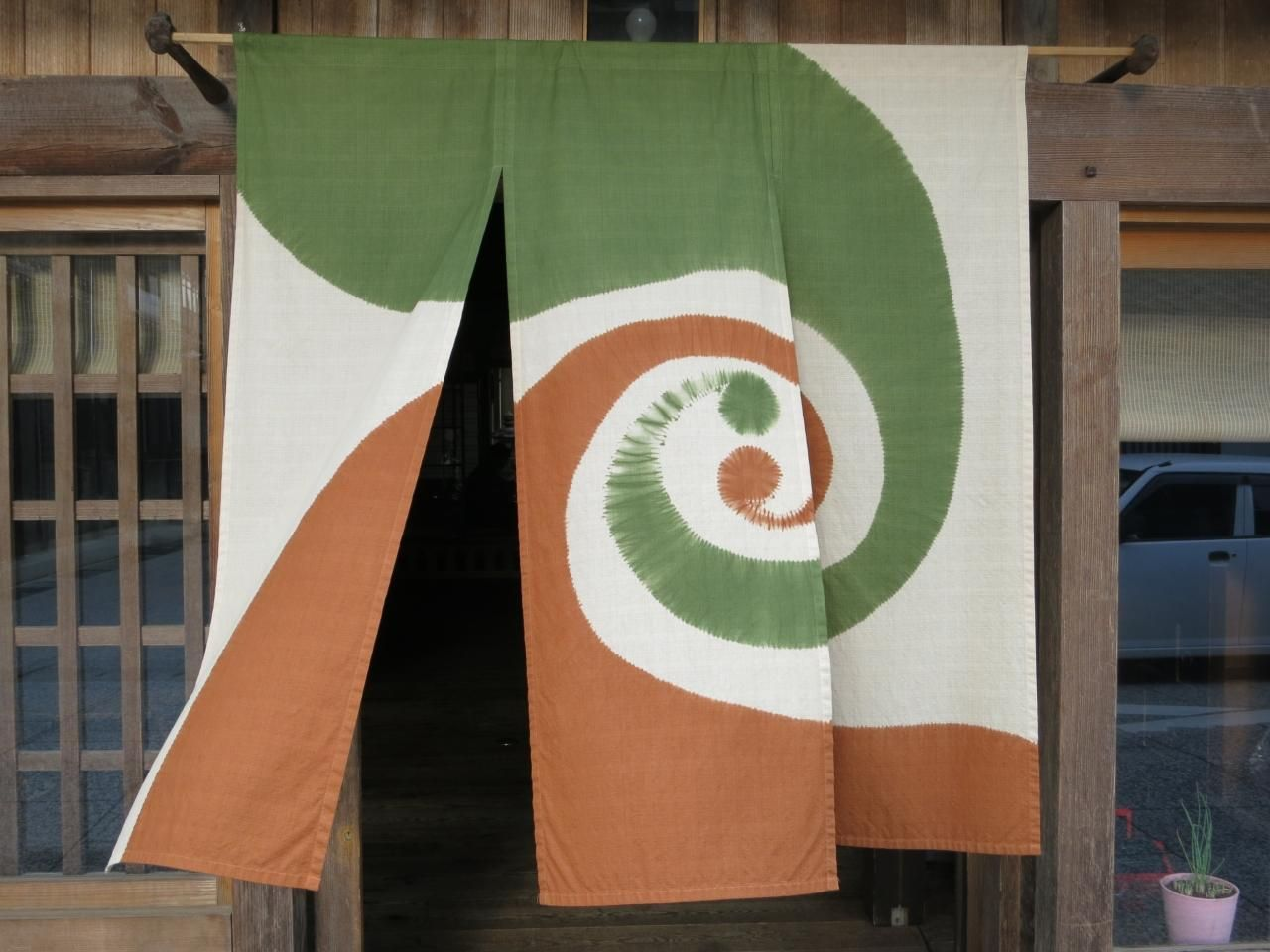 子どもと一緒に行く 暖簾の掛かる城下町 勝山 美作のむかし町をある