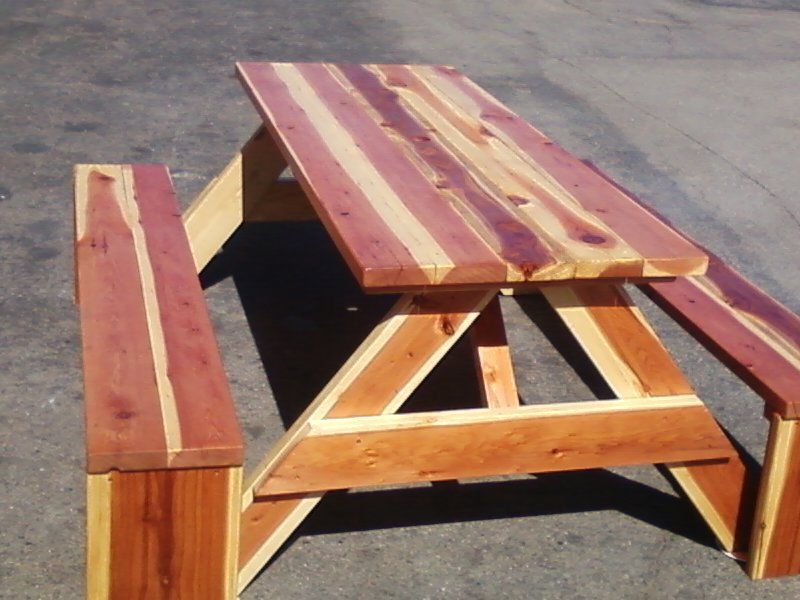6 Ft Redwood Picnic Table With Separate Benches And Thompsonu0027s Water Seal.  $500 Call Steve