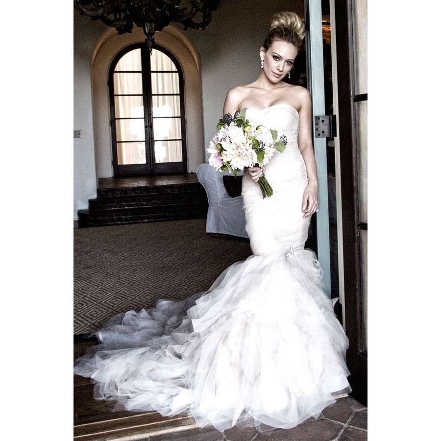 vera wang curvy brides dresses - Google Search | Mrs | Pinterest ...