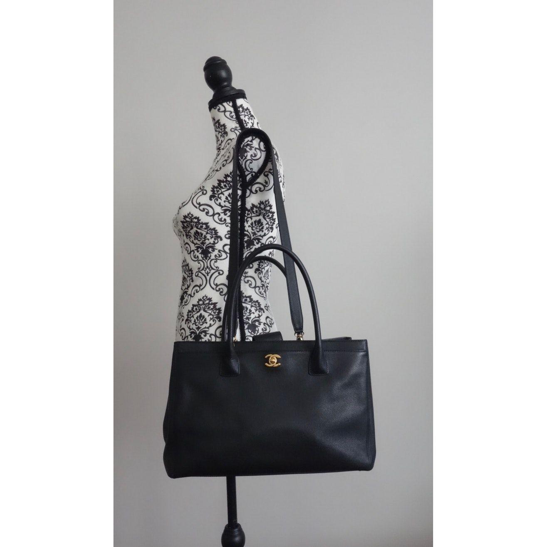 Executive Leather Handbag Chanel Black In Leather 7071298 Chanel Handbags Chanel Handbags Red Chanel Handbags Black