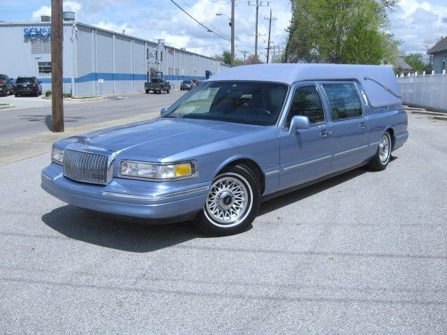 1996 Lincoln Town Car Hearse Hearses For Sale Cars Lincoln Town
