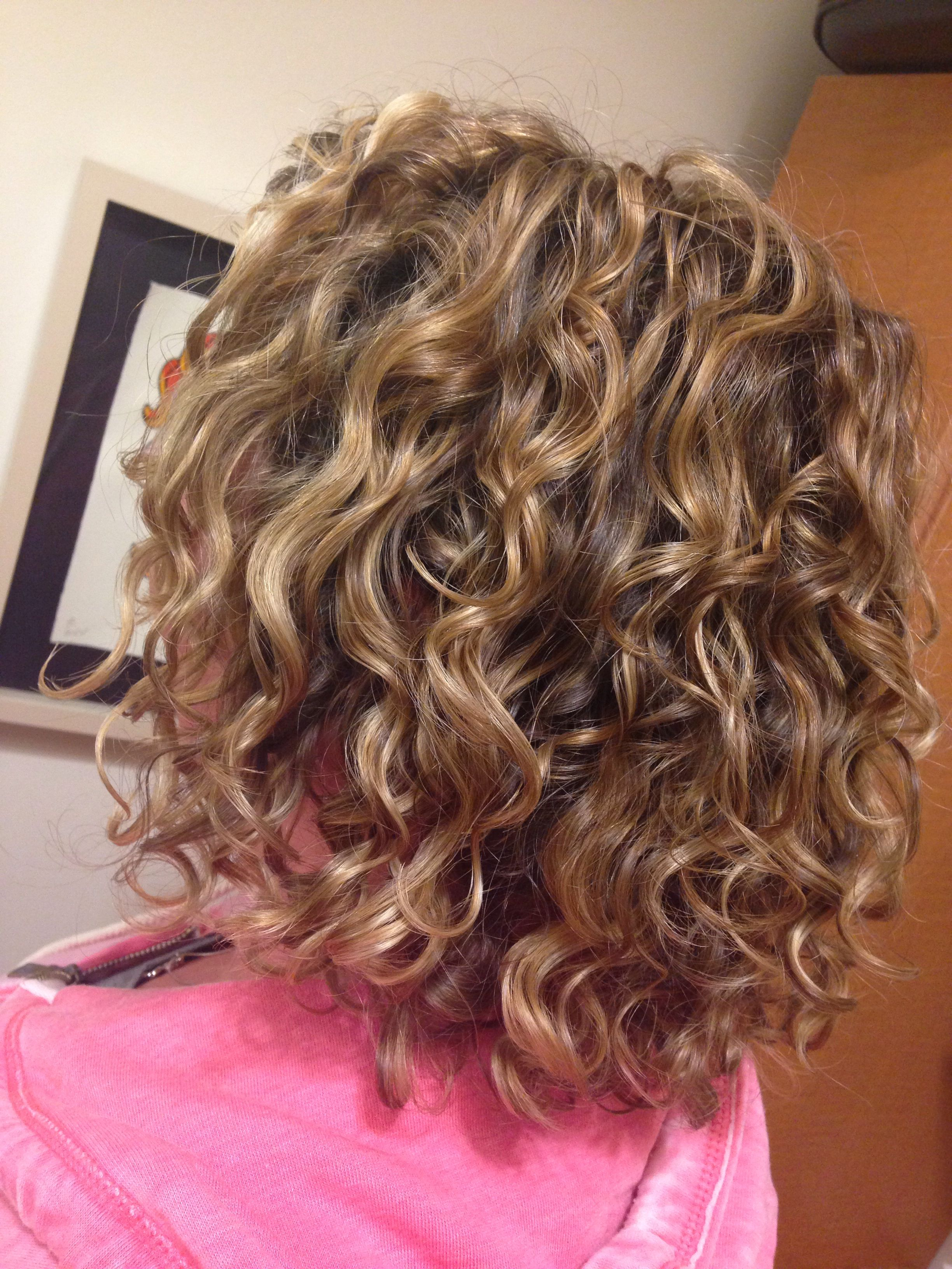 Embrace Your Natural Curls Curls By Cass Hair Styles Natural Hair Salons Medium Length Hair Styles
