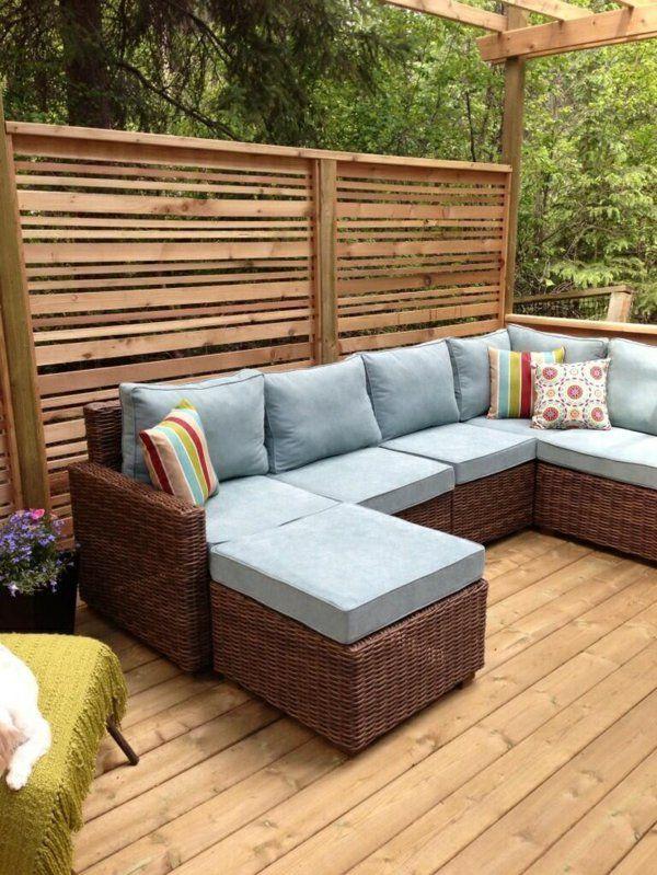 1001 ideen f r die moderne terrassengestaltung dekokissen pergola und rattan. Black Bedroom Furniture Sets. Home Design Ideas
