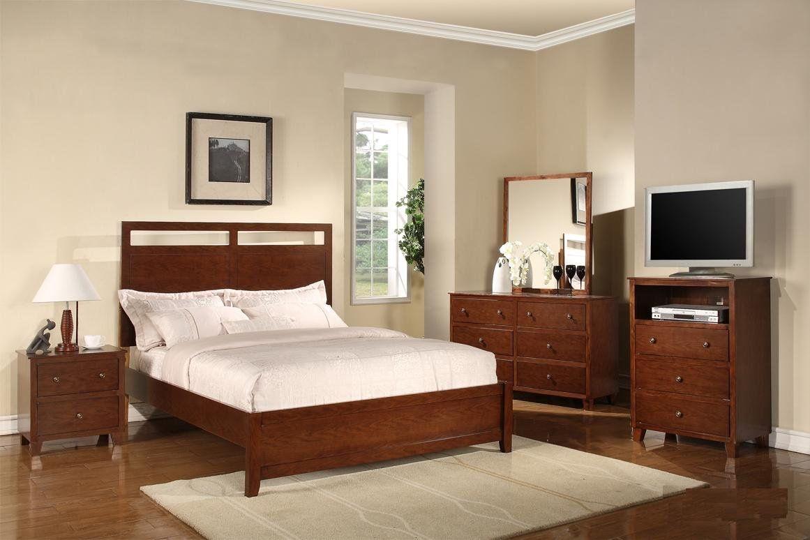 Simple bedroom design for couple vila in ansamblu simple interior