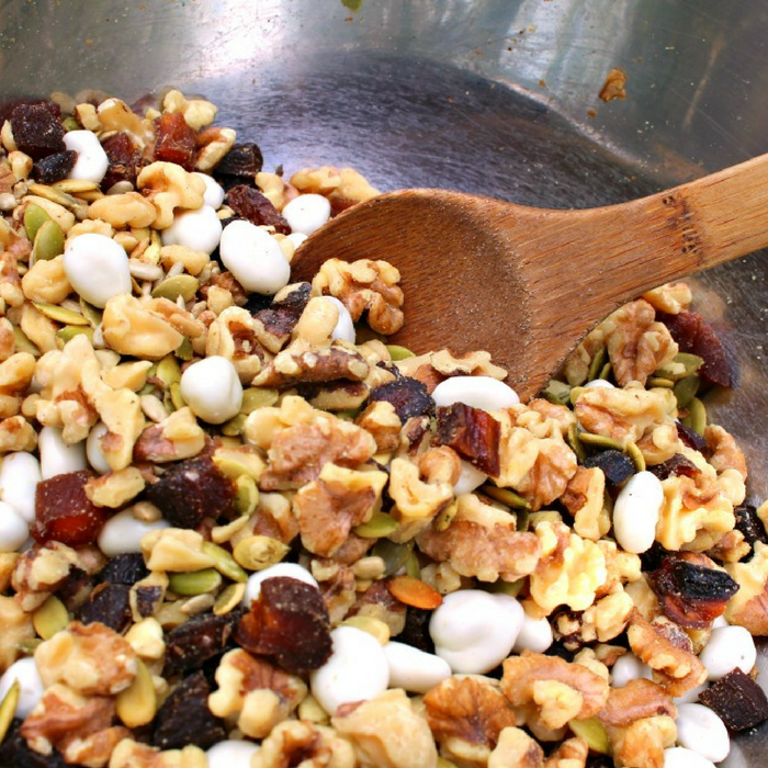 15 Easy Healthy Snacks To Satisfy Your Cravings