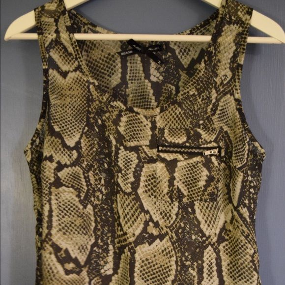 Snakeskin Tank Top 100% polyester, doesn't have much give to it so kind of tight, but fits me. Front zipper pocket, semi sheer. Great condition. Ali & Kris Tops Tank Tops
