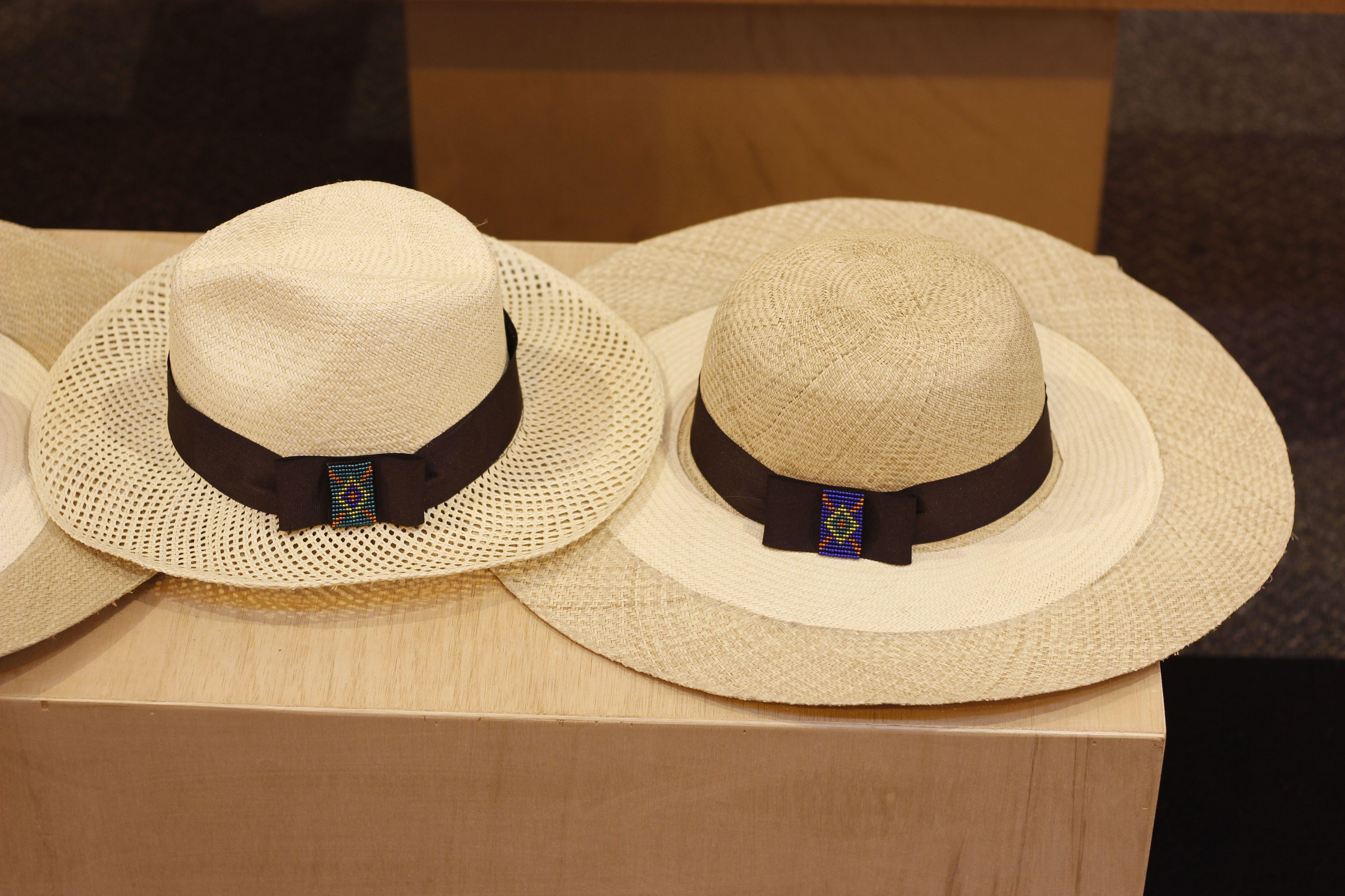 Sombreros de palma de iracá.  a812cf3f3e2