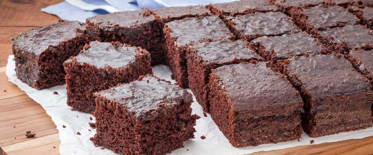 Bolo De Chocolate Com Calda Bolo Peteleco Receita Com Imagens