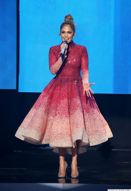 Jennifer Lopezs 10 Stunning American Music Awards Outfits (PHOTOS ...