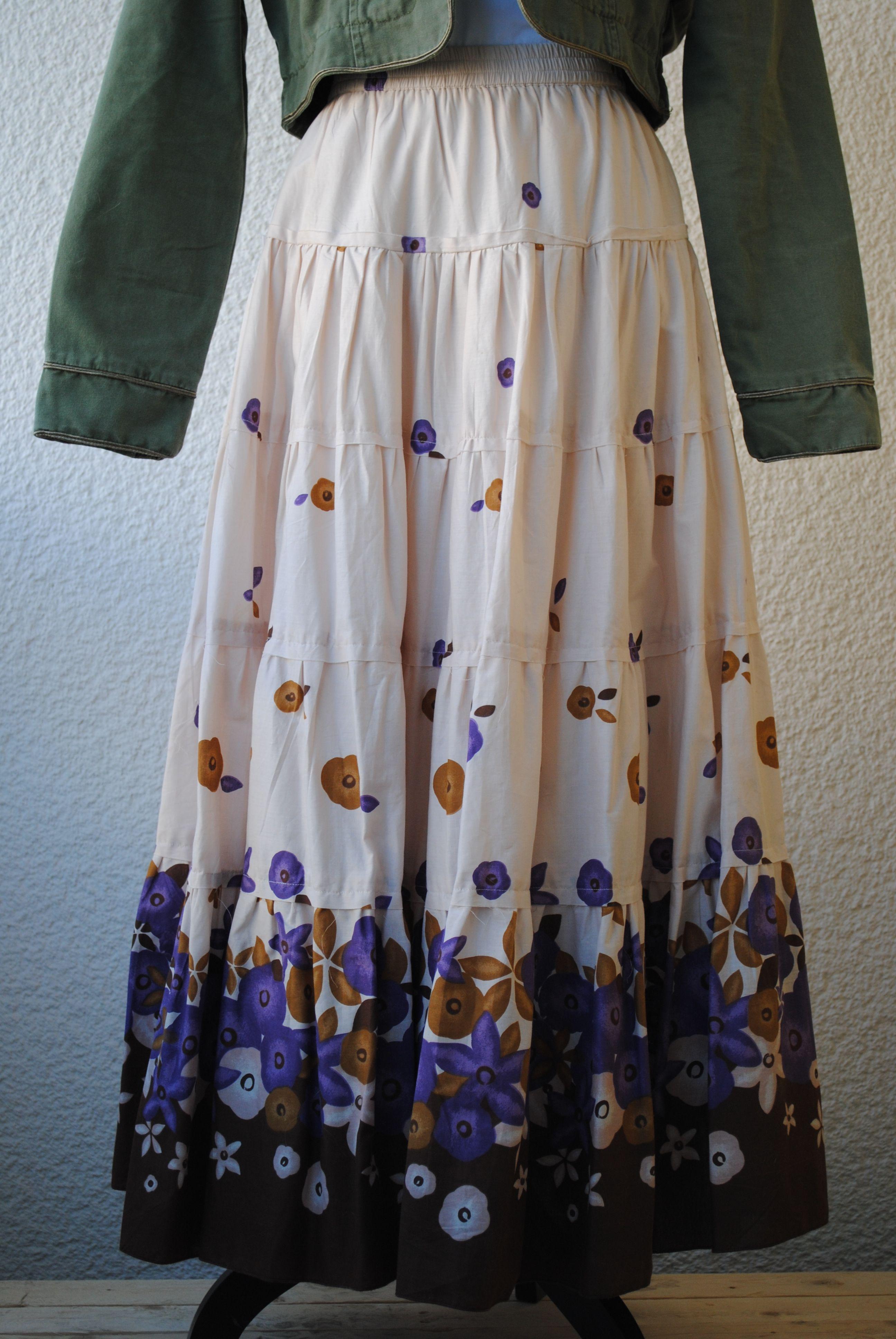 Skirt bohemian style 249 SEK.  http://www.jerikascorner.se/kjol/214-0