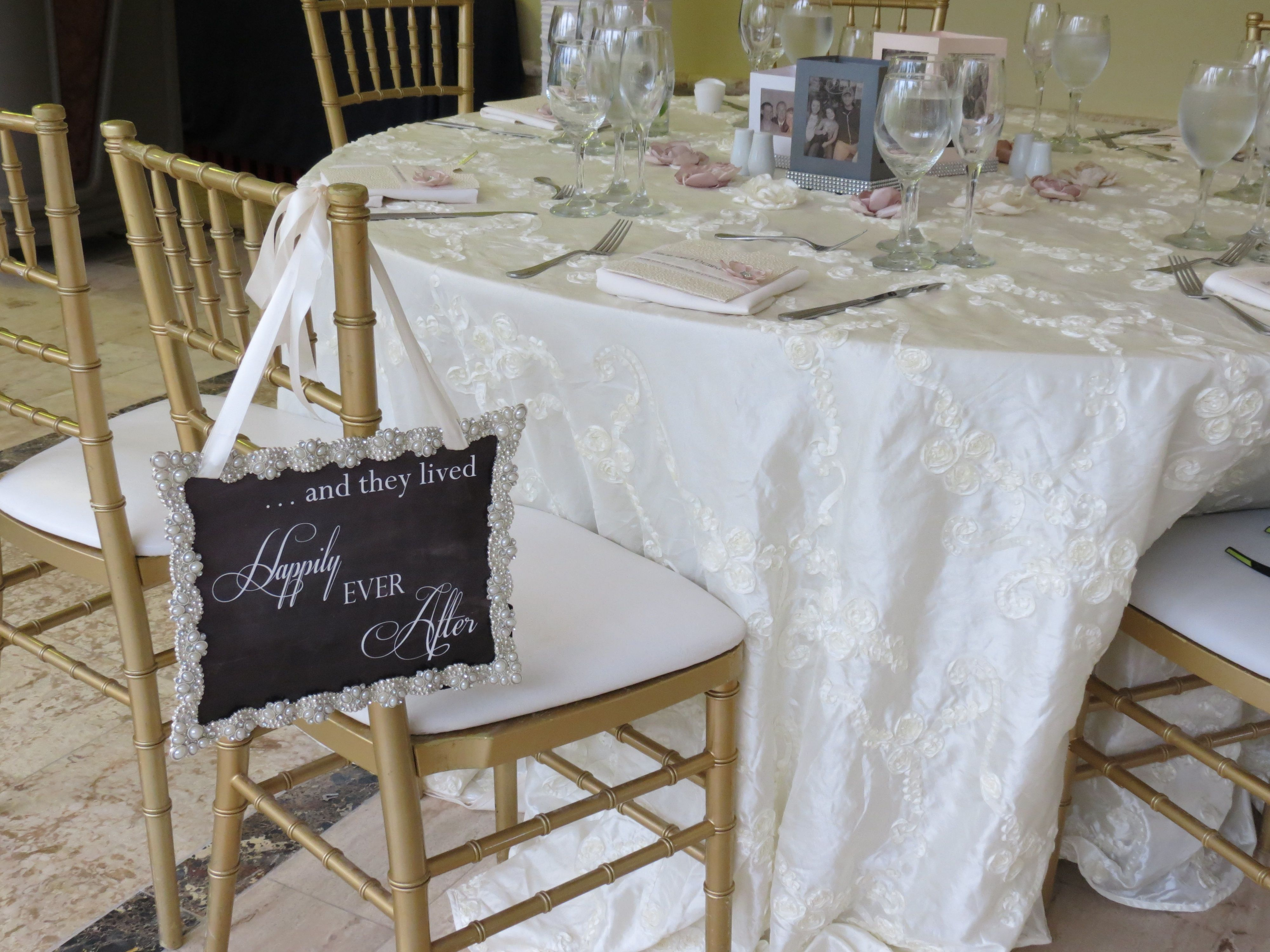Paradisus Palma Real   Wedding Tablecloths And Chairs. We Had The Chill Out  Chic Package