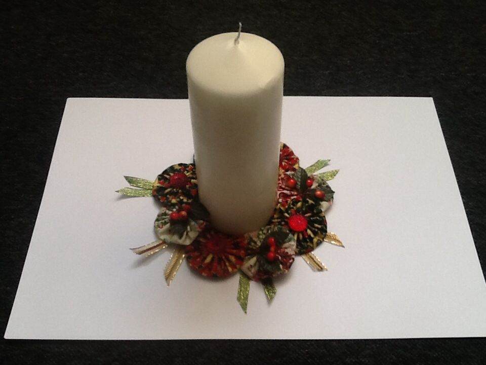 Christmas wreath candle centrepiece