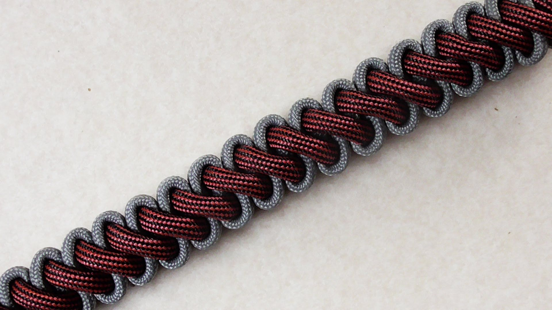 How To Tie A Bootlace Paracord Survival Bracelet Without Buckle Paracord