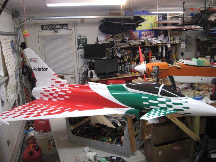 CARF Eurosport RC Jet in a custom Castrol Paint Scheme | RC