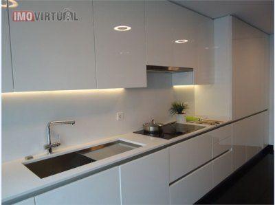 Fantástico Apartamento T3+1 Interior de cozinha, Moradia