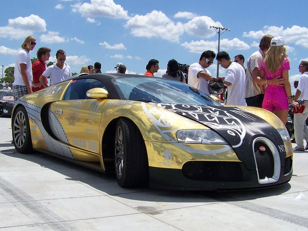 Golden Bugatti Veyron Bugatti Pinterest Cars Bugatti And