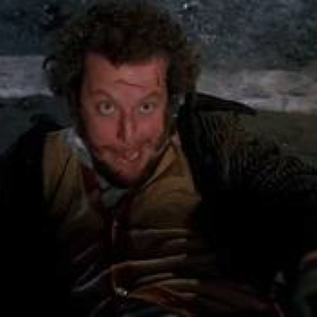 FAVORITE PART In Home Alone 2!!!!! Harry.. Harry