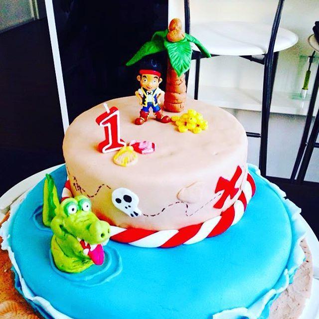 jake und die nimmerland piraten torte #myfirstfondantcake# | jake, Einladung